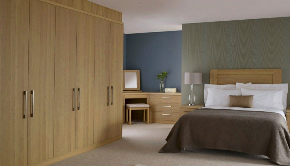 Linear Fitted Bedroom Wardrobes