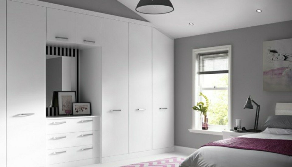Solo Fitted Bedroom Wardrobes